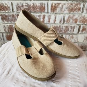 Blowfish Canvas Sand Colored Slip ons